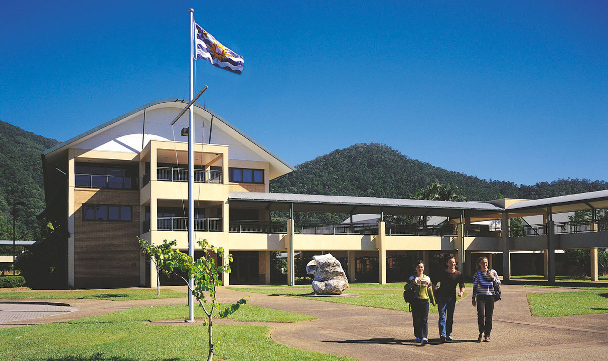 jcu brisbane James cook university (jcu) profile with jcu ranking, ratings & reputation, undergraduate and postgraduate courses, study online, international students, scholarships, university life.